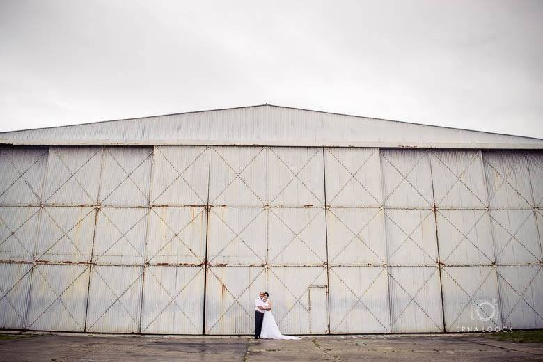 Complaint-review: Erna Loock - Bad quality wedding photos received from Erna Loock &lots of important photos not supplied by Erna Loock. Coffee table book still outstanding. Photo #3